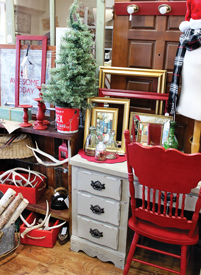 Thriftiques in Tempe Features Vintage Furniture & Home